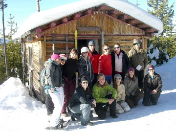 Teacher candidates on a snowshoe trip with Wildsight Coordinator, Monica Nissen. Understanding how to use the natural environment to support deep learning experiences is a major focus at WKTEP.